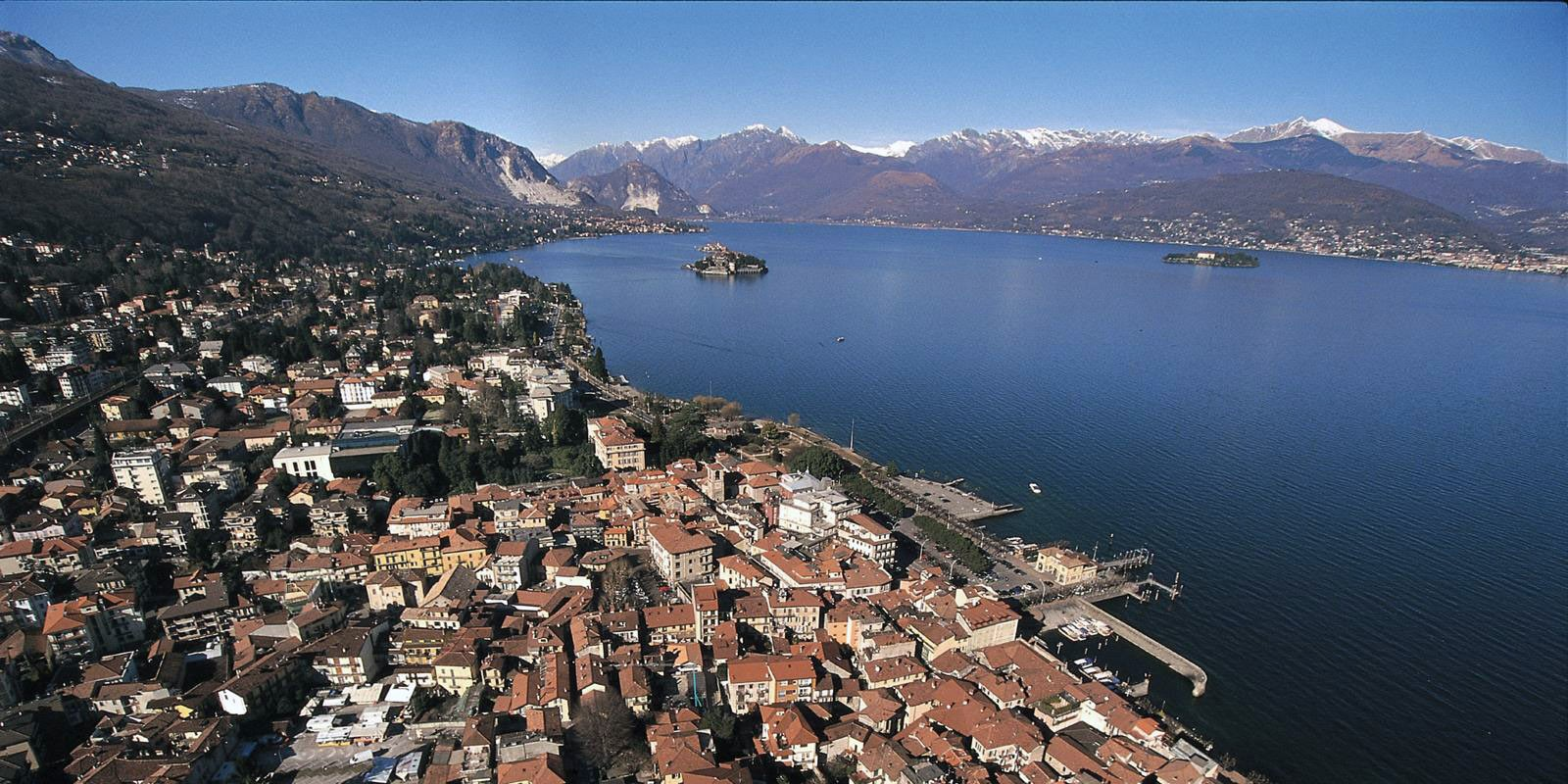 Luxury Car Rental in Stresa